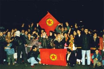 19931218 Kurden auf BAB 6