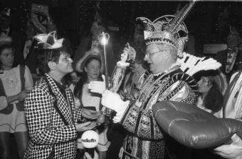 19940215 Karneval, Süssmuth (CDU)