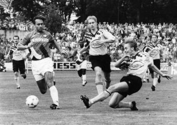19940813 Göttingen 05 -  Frankfurt Pokal