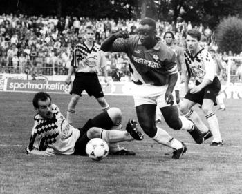 19940813 Göttingen 05,  Frankfurt Pokal.Yeboah,Zekas