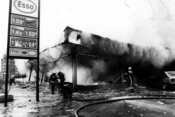 19941106 Feuer Teppichlager Gronerland