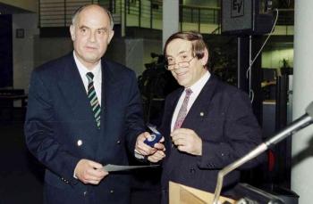 19971129 Europa Medaille für Engelhardt, Ackermann