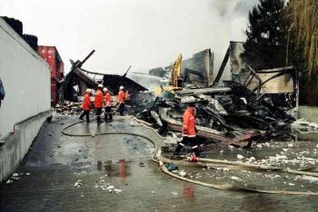 19971229 Feuer Papier Nette 3