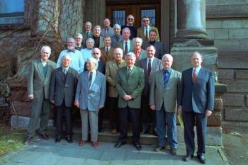 20030412 Klassentreffen mit Leßner, Schüler