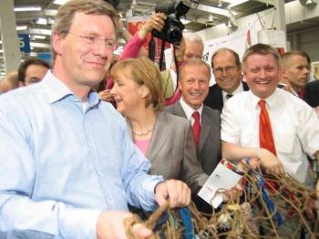 20050526 30.Evgl. Kirchentag, Wulff, Merkel, Fischer